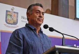 AMLO lanzará libro a un año de Gobierno