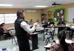 Capacita SEPM al Consejo Escolar de Participación Social