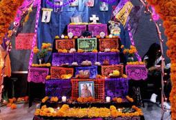 Las tradiciones del día de muertos bien vivas en mente de los niños.