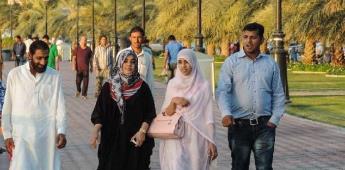 En los Emiratos, las mujeres tienen derechos y no luchan por ellos