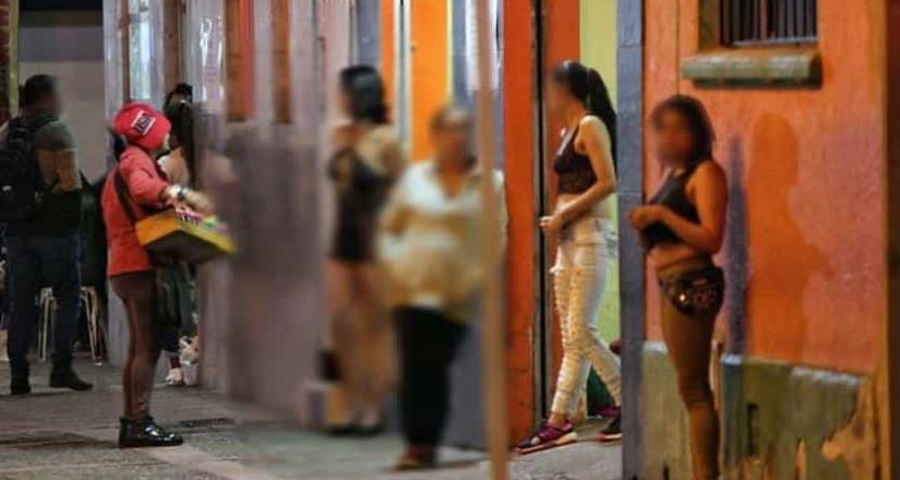 Cae pareja que enganchaba a jóvenes para prostituirlas