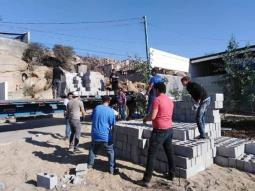 Recaban alumnos de la UABC-Tecate, 16 mil bloques para los afectados
