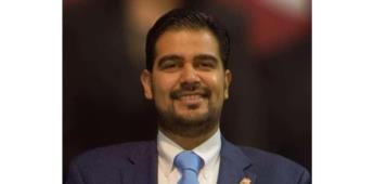 Renuncia el diputado Bujanda al PAN; se declara independiente