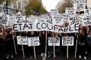 Miles de personas alzan su voz en Francia e Italia contra la violencia de género
