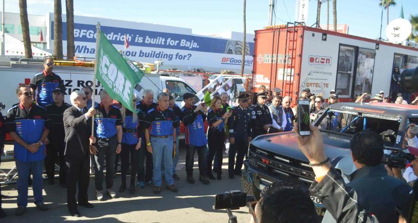 273 equipos partieron a la conquista de La Baja 1000