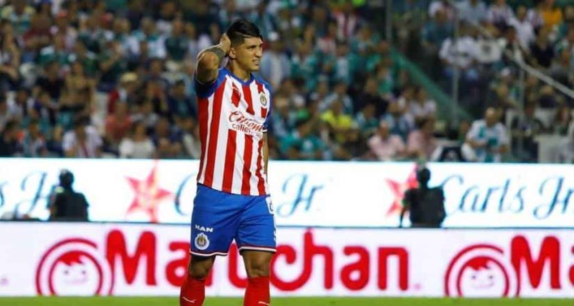 Alan Pulido, a la lista de transferibles en Chivas