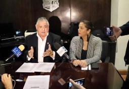 Entrega diputada apoyos en el módulo de San Quintín
