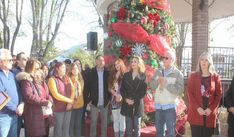 Jaime Bonilla invitó a la comunidad tecatense a estrechar el vínculo familiar en estas fechas