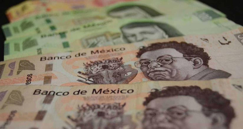 Aumentan salario mínimo 20%; llega a 123.22 pesos diarios