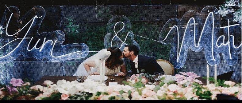 Yuridia explota contra sus fans luego de compartir fotos de su boda