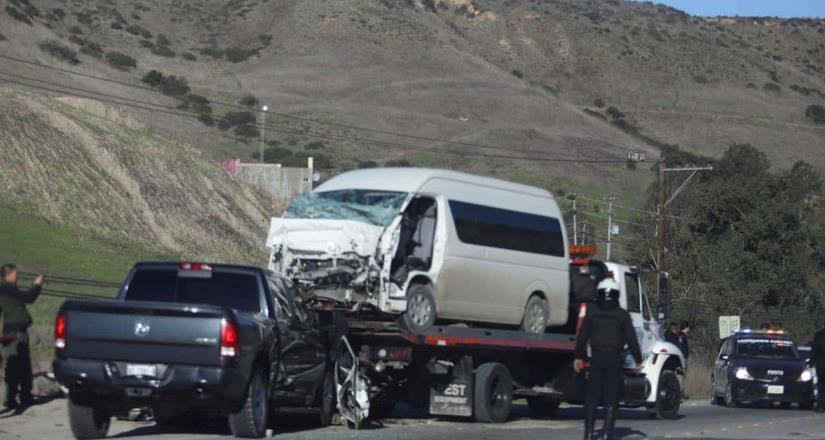 Fuerte accidente en carretera libre Rosarito - Tijuana.