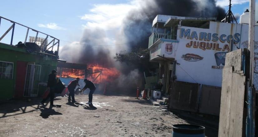 Incendio en Popotla