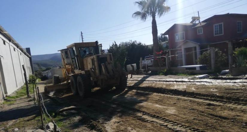 Apoyan empresarios en la reparación de calles