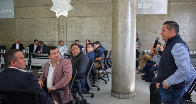 Realizan reuniones de coordinación entre funcionarios de corporaciones policiacas