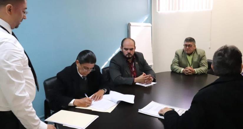 Interpone Ayuntamiento denuncia contra 16 ex funcionarios por probable comisión de delitos