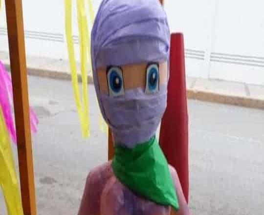 Crean piñata feminista en Ciudad Victoria