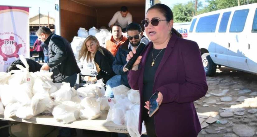 Entrega DIF Baja California cenas navideñas a familias vulnerables de todo el Estado