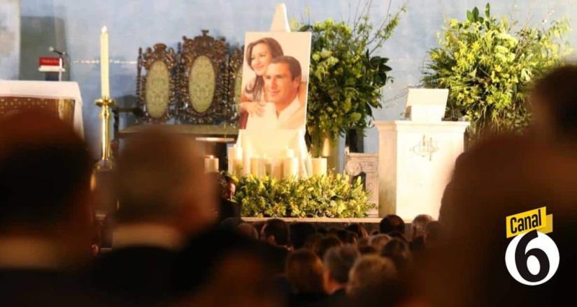Alistan misa en memoria de Erika Alonso y Rafael Moreno Valle