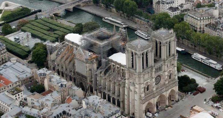 Catedral de Notre Dame sin misa en esta Navidad