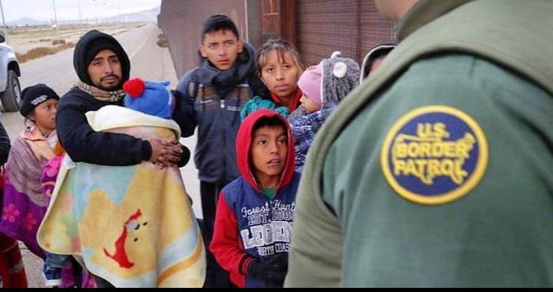 Repatrian a más de 207 mil mexicanos desde EU y Canadá