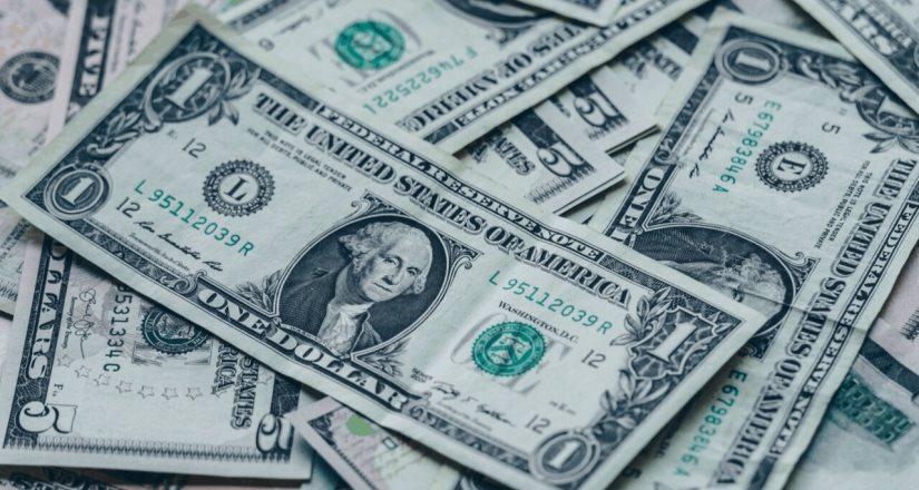 Sube a 13 dólares por hora el salario mínimo en California