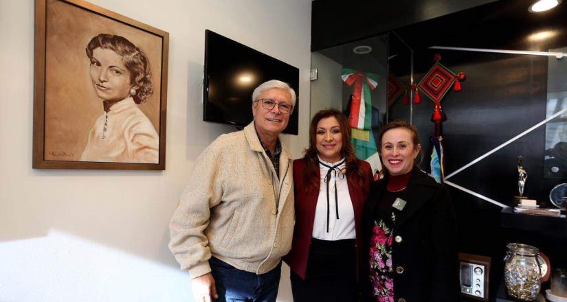 Nombra gobernador de BC a Norma Angélica Peñaloza como nueva directora de INMUJER