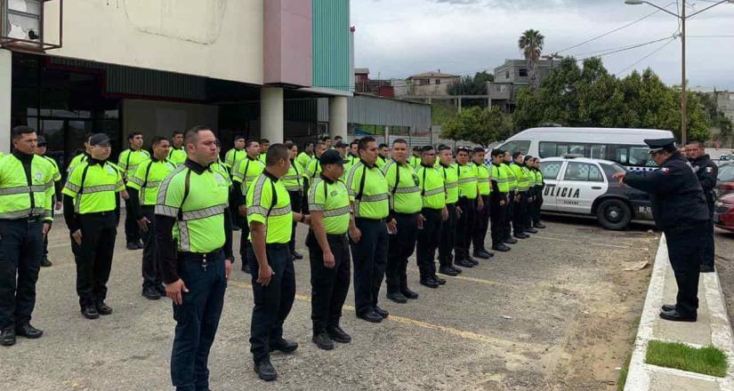 Integra Ayuntamiento a 50 auxiliares viales desde el primer día del 2020