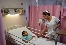 Servicios médicos gratuitos para la población vulnerable