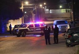 Atacan a 2 personas abordo de un vehículo en el fracc. Villa del Real