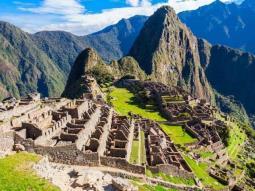 Seis turistas deportados por vandalismo en el Machu Picchu