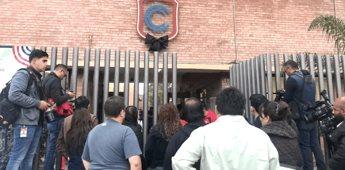 Colegio Cervantes regresa a clases; instalan detectores de metales