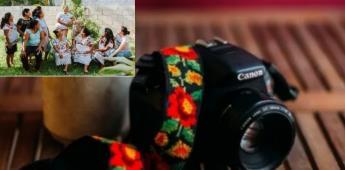 Artesanas mayas emprenden su negocio de correas para cámaras