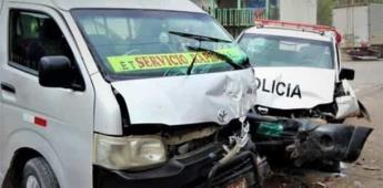 Combi se estrella contra patrulla y policía muere en Nicolás Romero
