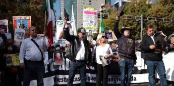 Marcha por la Verdad avanza sobre Reforma hacia Palacio Nacional