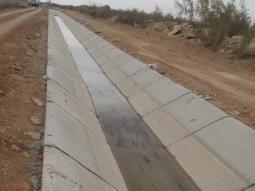 Trabajan Conagua y usuarios agrícolas en conservación de obras en Baja California