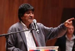Diputado de Morena propone coperacha para pagar la deuda externa