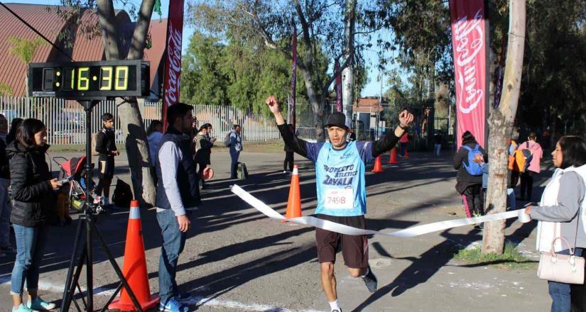 Participan más de mil personas en carrera de 33 Aniversario del Parque Morelos