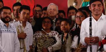 AMLO propondrá decreto para fomentar educación musical comunitaria