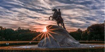 Descubre todos los rincones de Moscú y San Petersburgo de la mano de los mejores guías turísticos