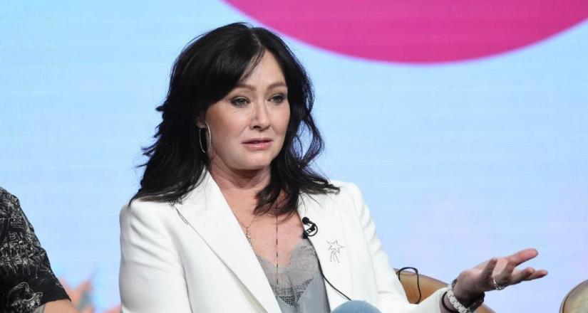 "Actriz de ""Beverly Hills 90210"" revela que tiene cáncer en etapa 4"