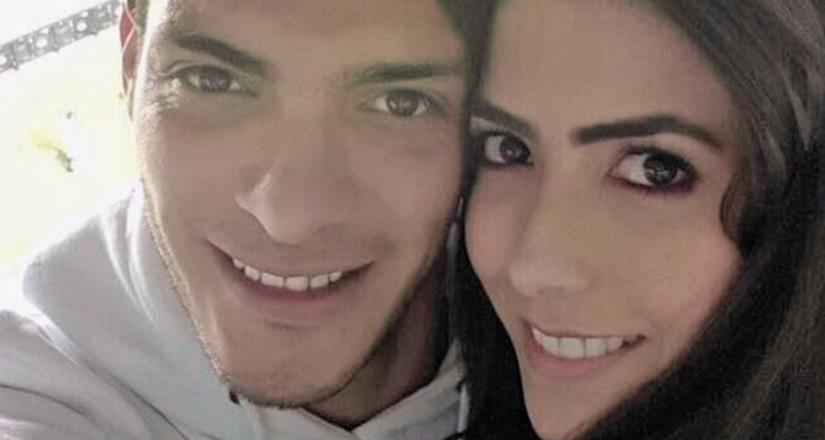 Raúl Jiménez espera un hijo junto con la actriz Daniela Basso
