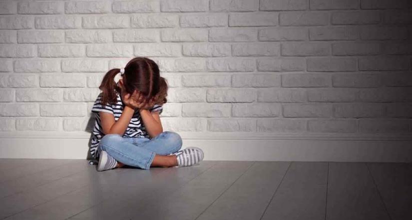 Golpean a niña en secundaria en Coahuila y director se burla