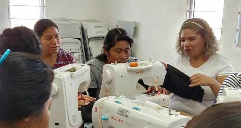 Ofrecen cursos y talleres en el DIF de San Quintín