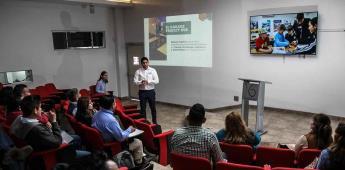 Representan docentes de secundaria proyecto Garage Hub para fortalecer innovación educativa