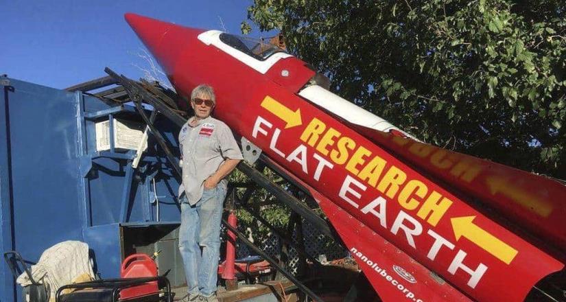 Mike Hughes muere tras querer demostrar que la Tierra es plana