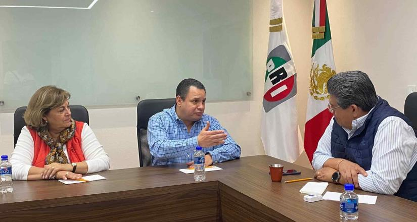 Carlos Jiménez se reúne con el PRI nacional