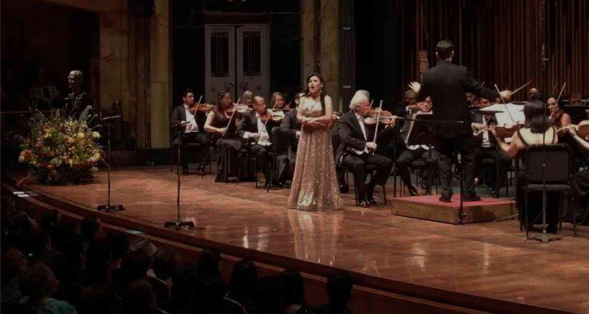 Mexicana triunfa en certamen del Metropolitan Opera National Council