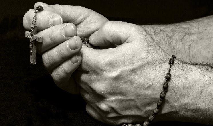 ¿Por qué deberías hacer la oración a La Magnífica y oración del dominio?