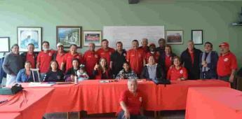 Reciben apoyo jóvenes accidentados del equipo Fénix FC