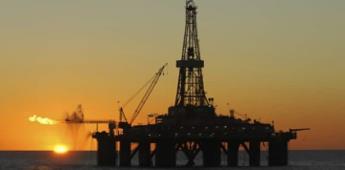 Petróleo mexicano cae 2.9%; se vende a 15.33 dólares por barril